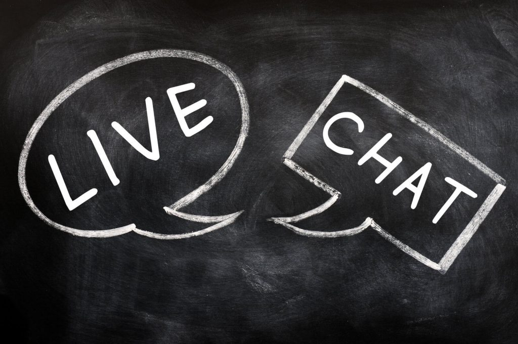 how live chat apps work and benefit for small business, and how to choose a live chat app for your business